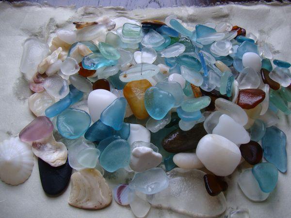 海で拾える「シーグラス」で手作りを楽しもう!